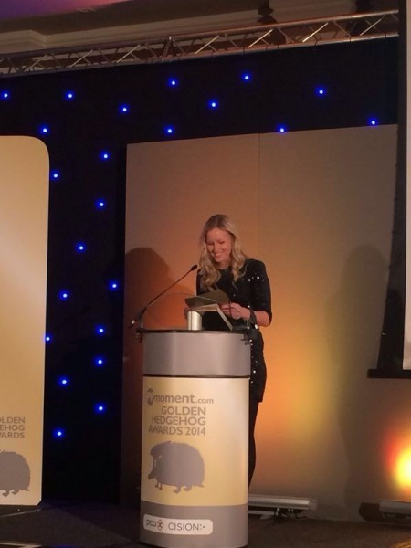 Cision's Kirst Kauronen presents the Community Engagement Campaign of the Year to Kara Rose PR & Lancashire Councils - People Power