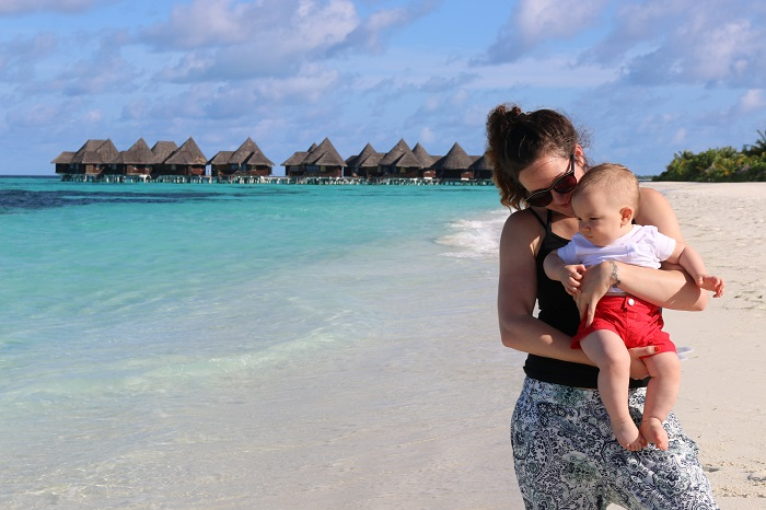 Monica Stott  The Travel Hack in the Maldives Vulieo Spotlight